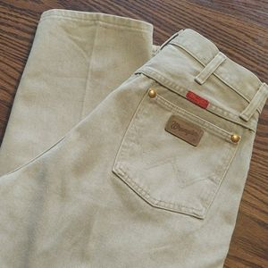 Wrangler Khaki colored jeans Sz 11 x 34 EUC
